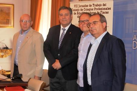 Unos 150 administradores de fincas participar n en la vii for Administradores de fincas en leon
